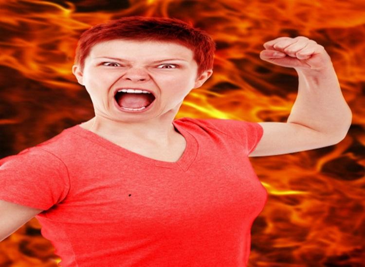 Wie du mit deiner Wut umgehst und warum mein Esstisch kleine Löcher hat